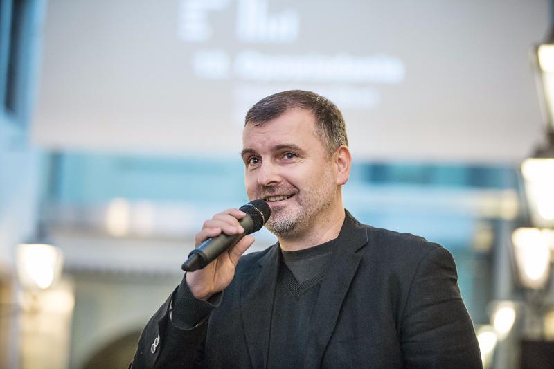 dyrektor MFO Marcin Hamkało